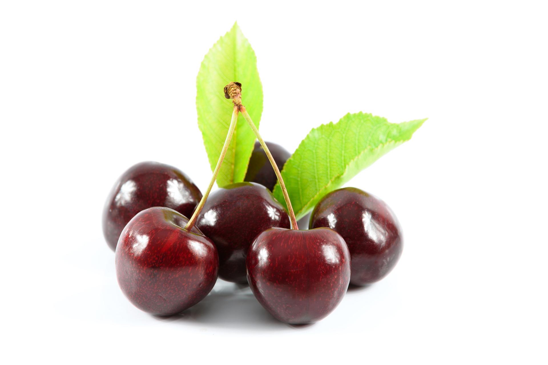 sweet cherries 1500435 1920